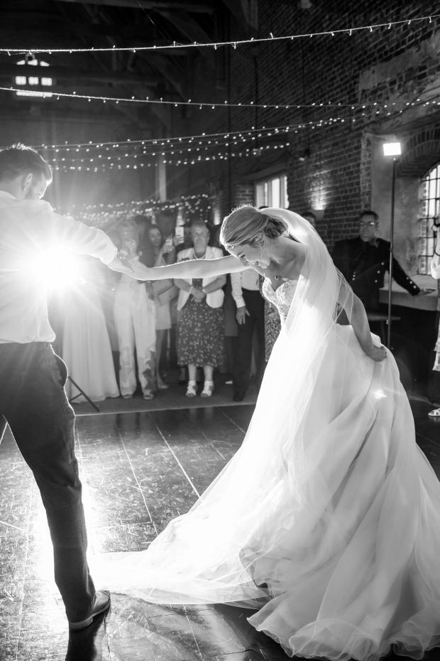 jason-and-ashleigh-wedding-931